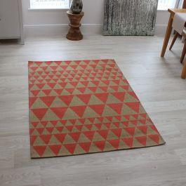 Onix Rug Triangles Flame