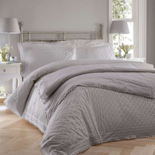 Balmoral Traditional Quilted Throwover Grey