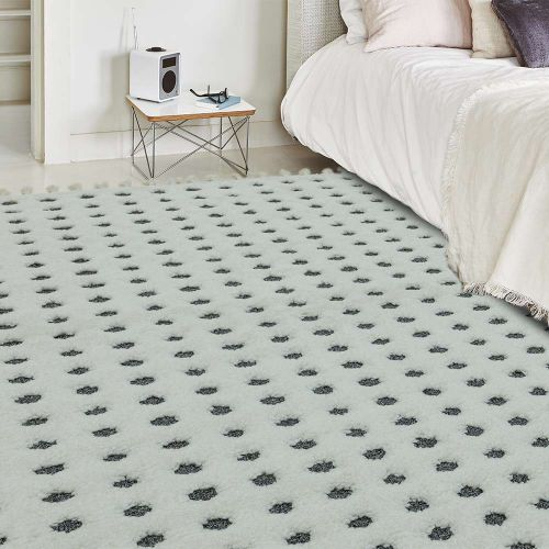Ariana AR05 Dotty Grey Soft Fringed Rug