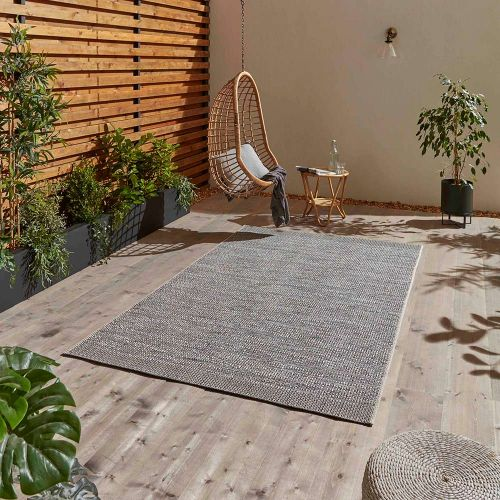 Stitch 9682 Grey Black Indoor Outdoor Rug