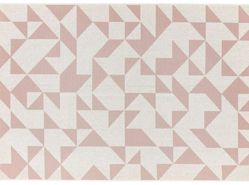 Patio 14 Pink Flag Outdoor Rug