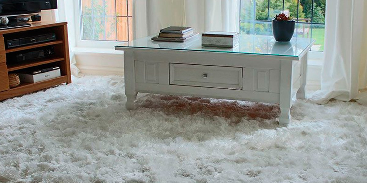 White Ultra Thick Plush Shaggy Rug in Living Room
